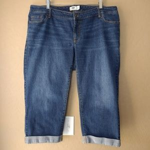 Old Navy Dark Wash Cuffed Denim Capris